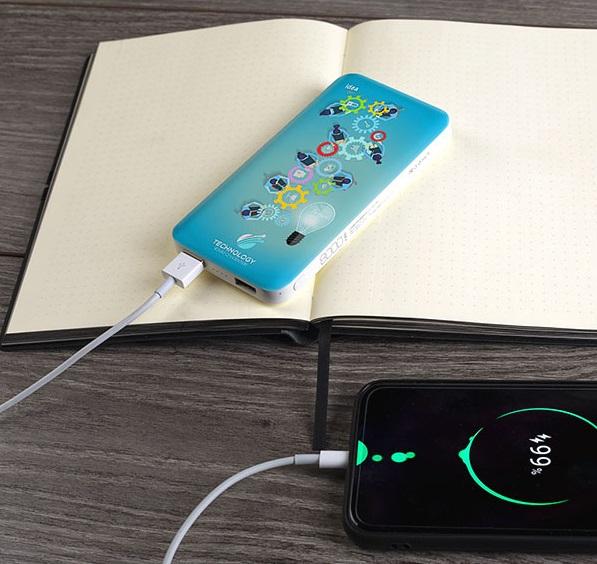 card power 8 power bank impress1